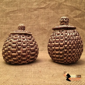 Botswana baskets: Palm leaf (B 396 & B 397)