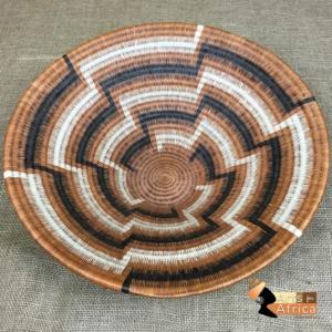 Botswana basket: Running Ostrich (B 442)