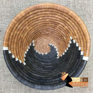 Botswana basket: Urine Trail of the Bull (B 551)