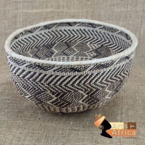 Tonga bowl – height 18 cm (Z 360)